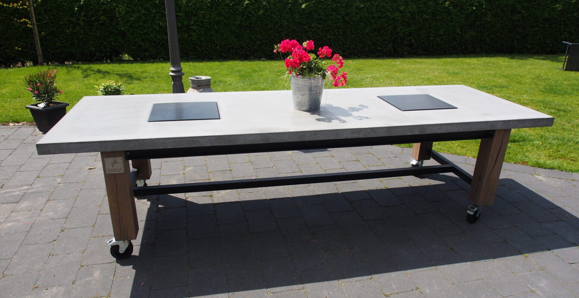 Forest Outdoor BBQ tafel